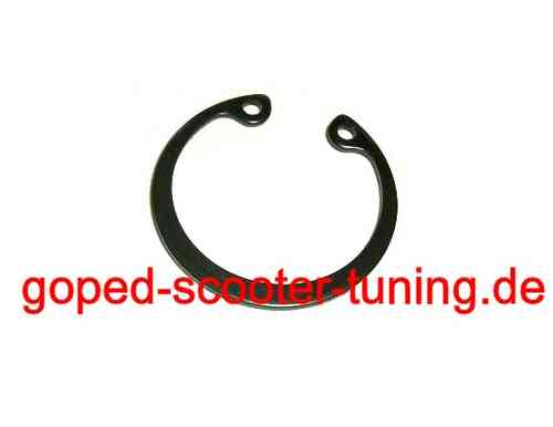 Zenoah / Chung Yang Snap Ring for Crank Case Bearing 3021